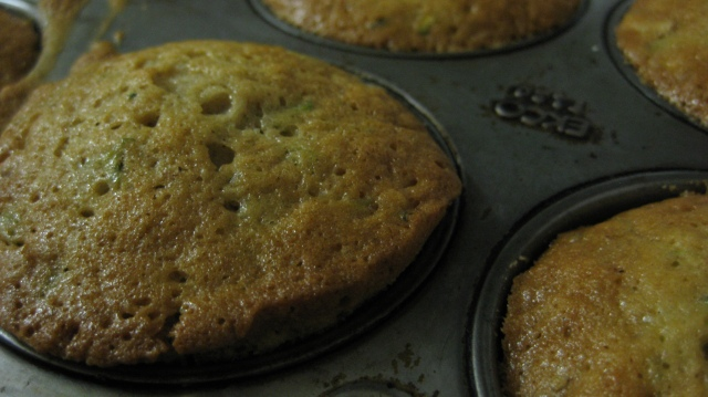 Baked Zucchini Nut Muffins