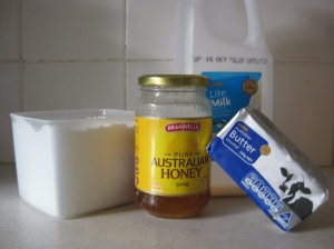 Honey Buttercream Frosting Ingredients
